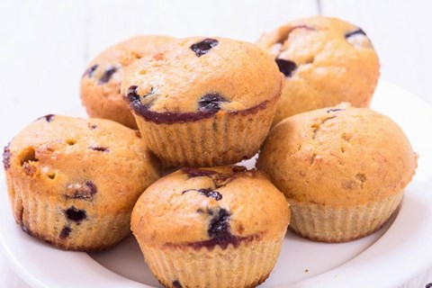 Healthy Mom's Kitchen: Blueberry Banana Muffins