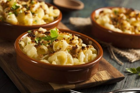 Slow Cooker Mac N Cheese