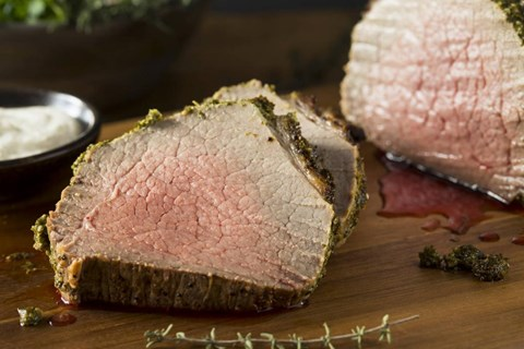 Roasted Garlic and Herb Crusted Beef Tenderloin