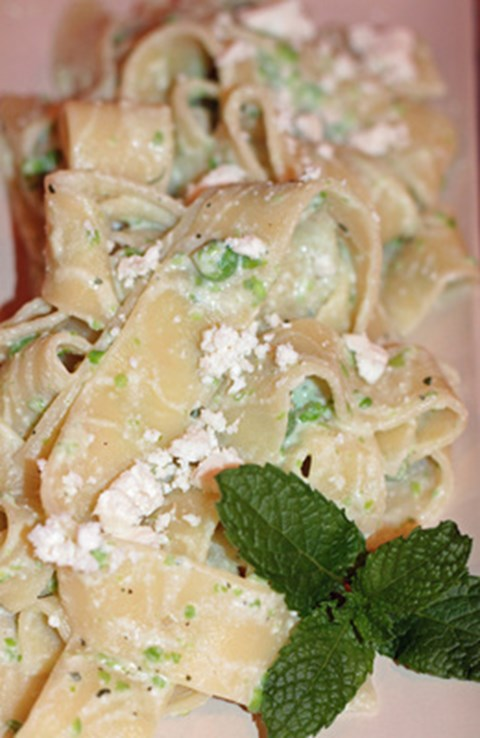 Pappardelle Pasta with Peas, Ricotta, and Mint