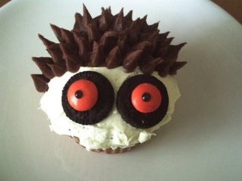 Chocolate Custard Monster Cupcakes