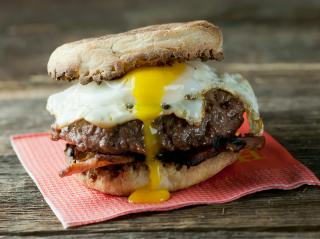 New England Brunch Burger Submitted by Luv2Cook