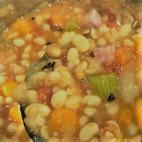 Crazy Old Baglady's Bean & Ham Soup (Named after my mother.)