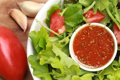 Green Salad with Tomato Vinaigrette