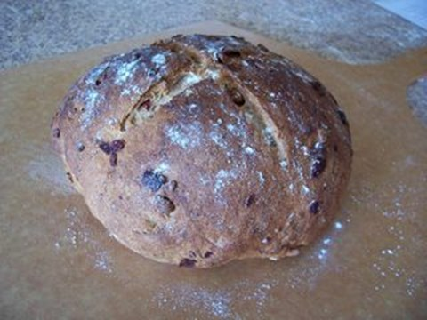 Cranberry Walnut Bread - 16 Servings