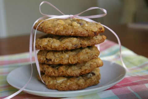 Chocolate Oatmeal Crunch Cookies