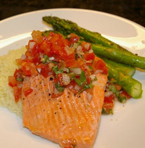 Poached Salmon with Tomato-Basil Salsa